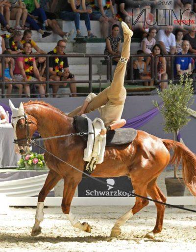 a-fks-volteggio-a-cavallo1